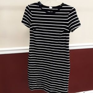 Old Navy Dress Small Petite Black White Stripes